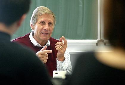 Ulrich Wickert (als Honorarprofessor in Magdeburg): Heute Freund des Talars