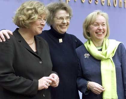 Die drei Antragstellerinnen: Maria Böhmer (Union), Margot von Renesse (SPD) und Andrea Fischer (Grüne)
