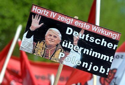 Mai-Kundgebung (in Hamburg): Arbeitsplätze rücksichtslos geopfert