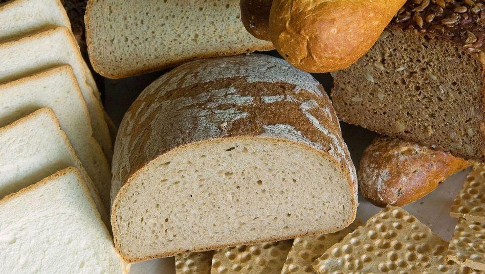 Verschiedene Brotsorten: Ein neuer Diätzauber aus der Backstube enthält wenig Kohlenhydrate, dafür umso mehr Fett