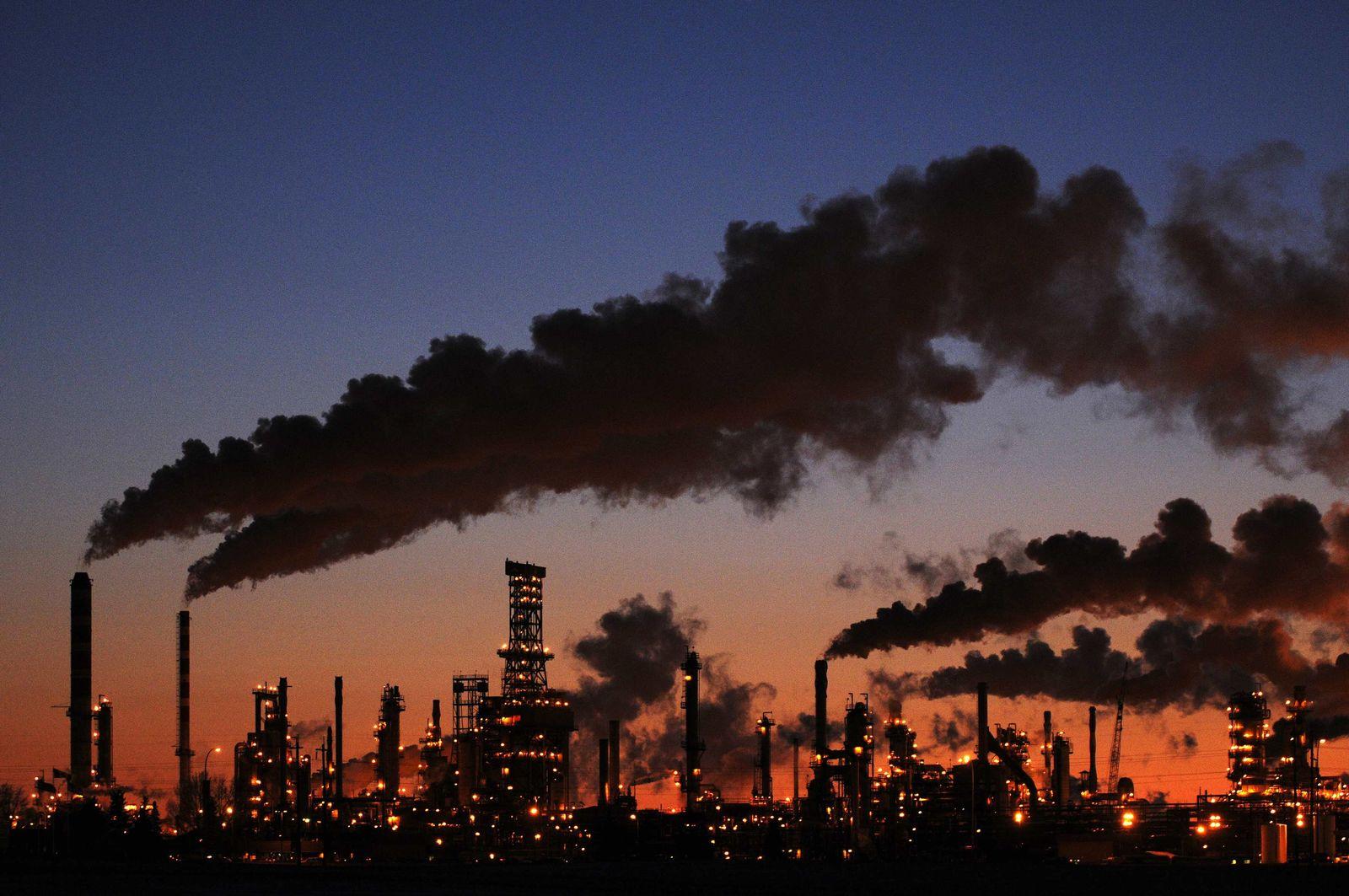 Öl-Raffinerie / Kanada