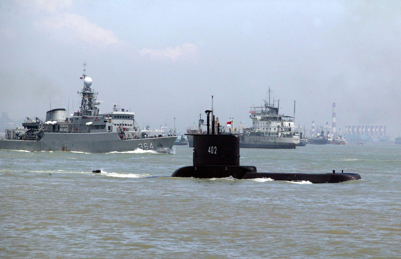 Indonesian Navy submarine missing in Bali