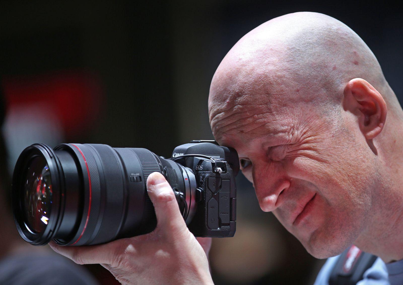 Photokina Canon EOS R