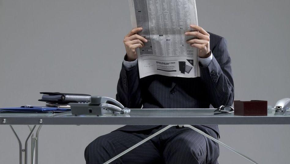 Heute ein König: Headhunter-Anfragen finden Angestellte oft schmeichelhaft