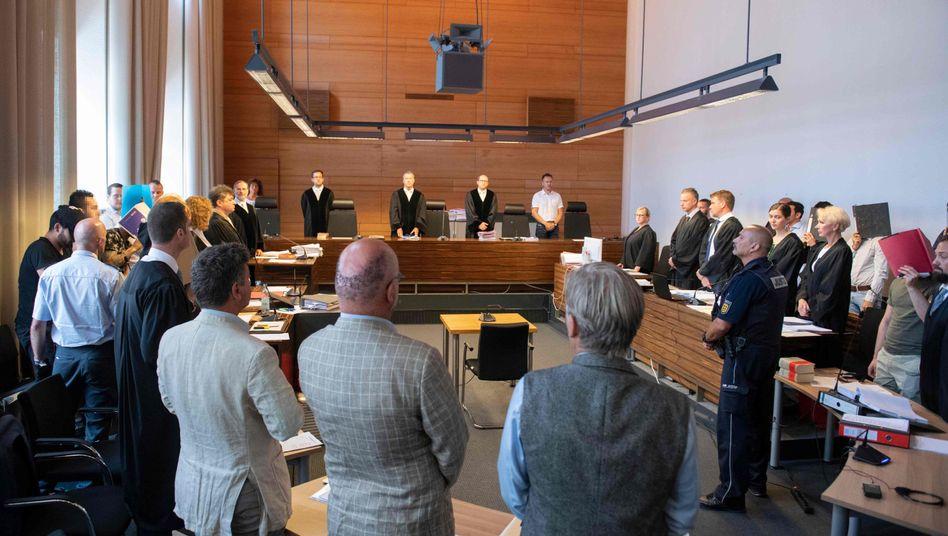 Bei der Prozesseröffnung vergangene Woche: Zum fairen Verfahren gehören nicht nur Ankläger
