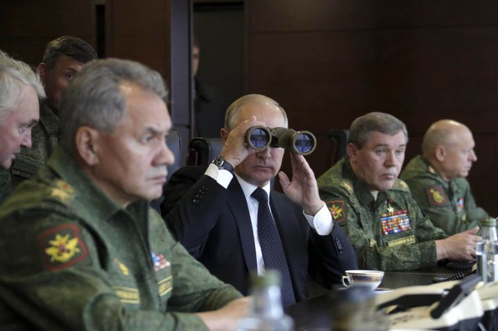 Russian President Vladimir Putin observing the recent Russian military exercises known as Zapad.