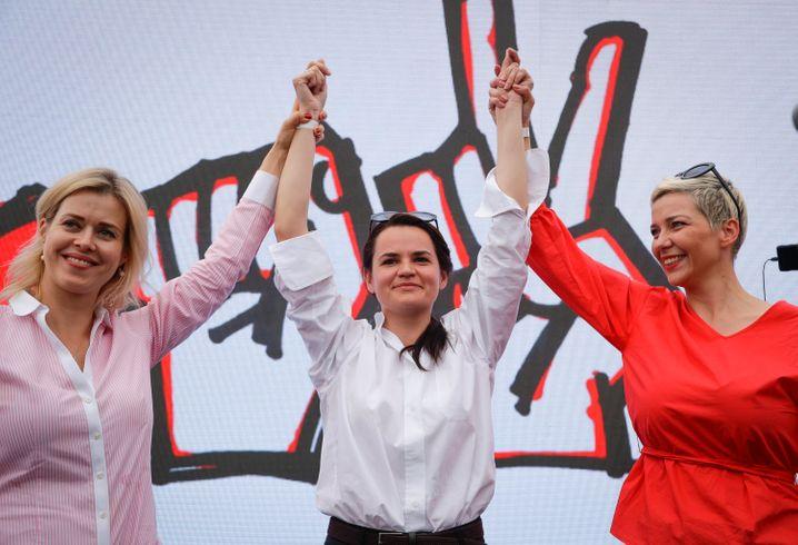 Weronika Tsepkalo (v.l.), Swetlana Tichanowskaja und Maria Kolesnikowa: Die drei Frauen gegen Lukaschenko