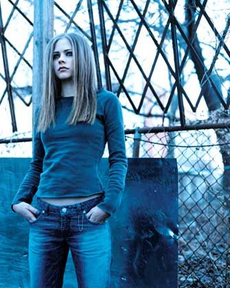 """Avril Lavigne: """"Ich bin eine Frau, ich kann singen"""""""