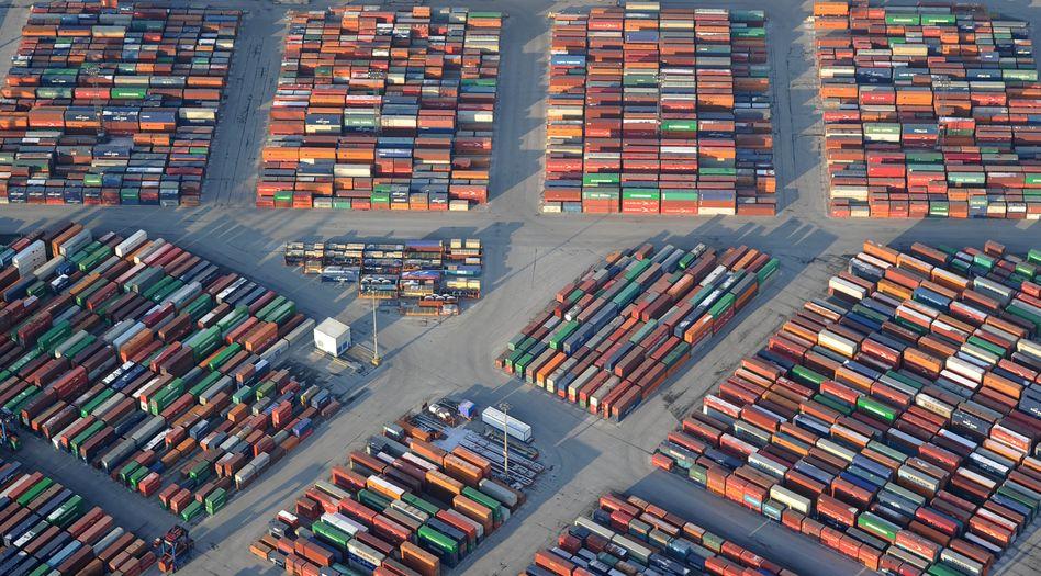 """Containerterminal in Hamburg: """"Genau wie die Defizitländer in der Pflicht"""""""