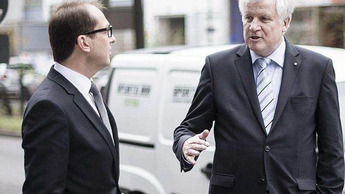 CSU-Politiker Dobrindt, Seehofer: Die Kanzlerin übertölpelt