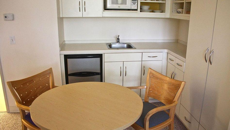 Wohin mit der alten Küche? Auf keinen Fall spenden, ohne den Chef zu fragen.