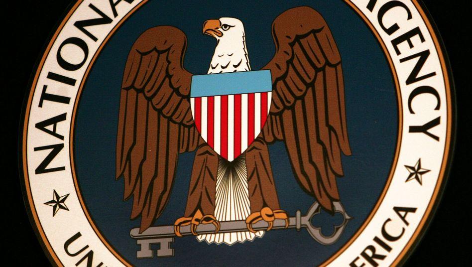 NSA-Logo: Witze über stalkende Geheimdienst-Mitarbeiter