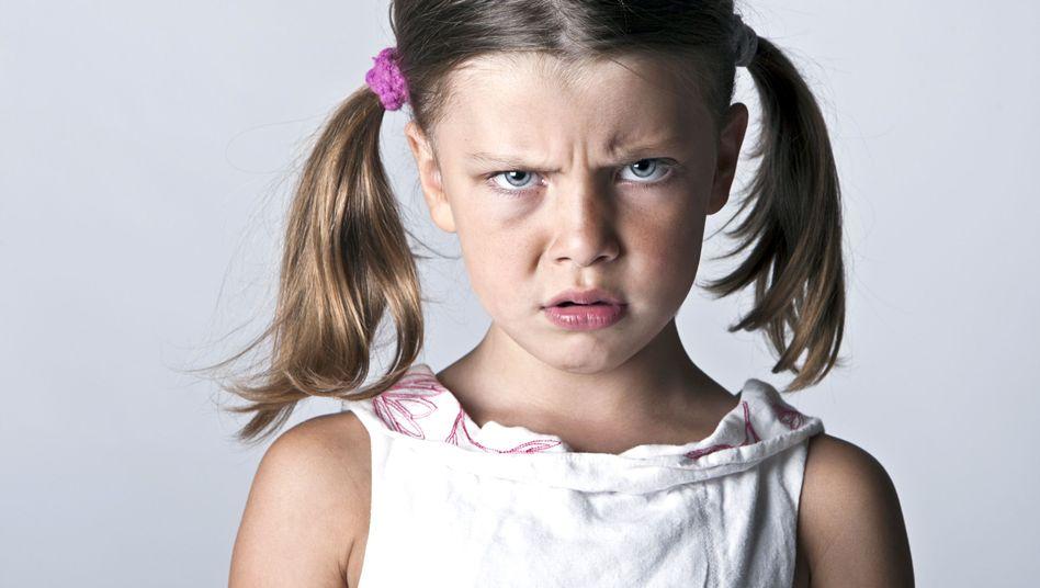 """Zorniges Mädchen: """"Die unreifsten der Klasse"""""""