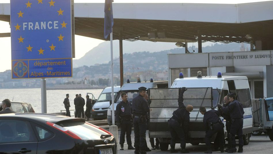 France has increased its border controls in response to the wave of 26,000 North African refugees who have arrived in Italy.