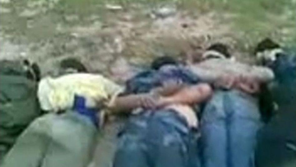 Ausschnitt aus einem der Videos: Wer sind die Opfer, wer die Täter?