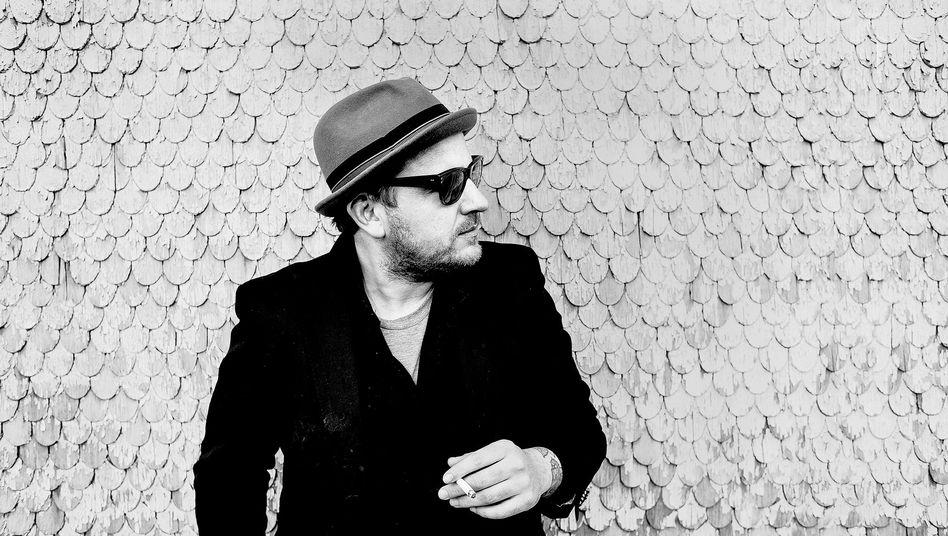Stefan Strumbel, 38: Zu den Fans des Offenburger Künstlers gehören Sammler wie Karl Lagerfeld und Hubert Burda.