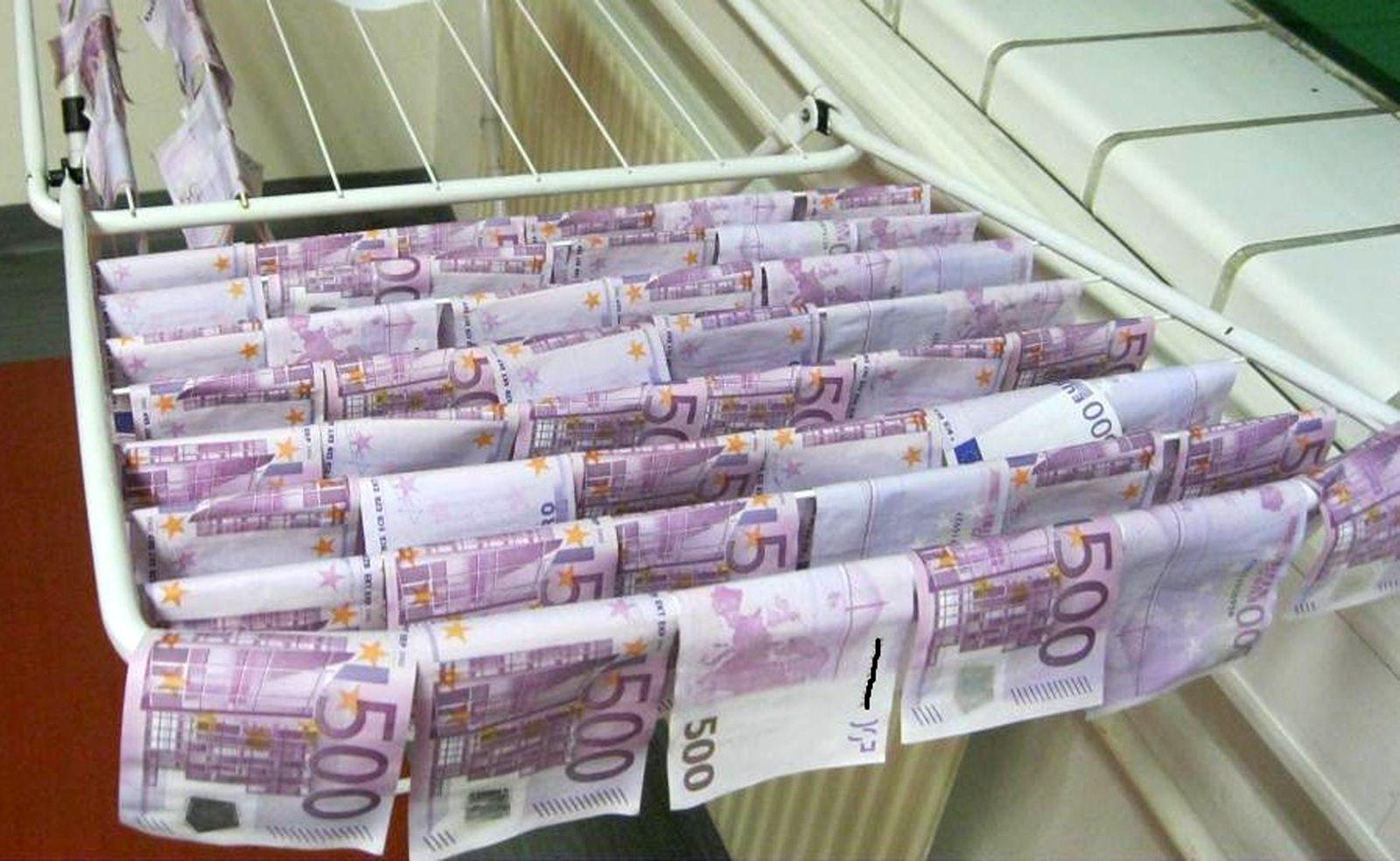 Geldfund in der Donau