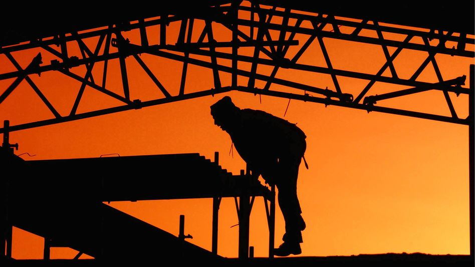 Bauarbeiter in Berlin: Geringes Lohnplus schwächt deutsche Kaufkraft