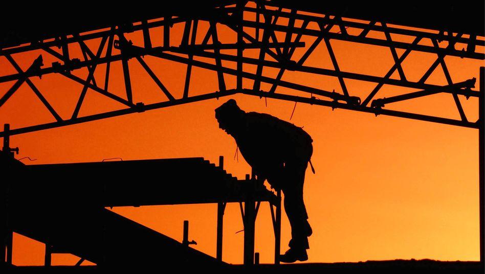 Morgenröte am Bau: Nicht jedem Personaler dämmert, welche Heuchelei er auslöst
