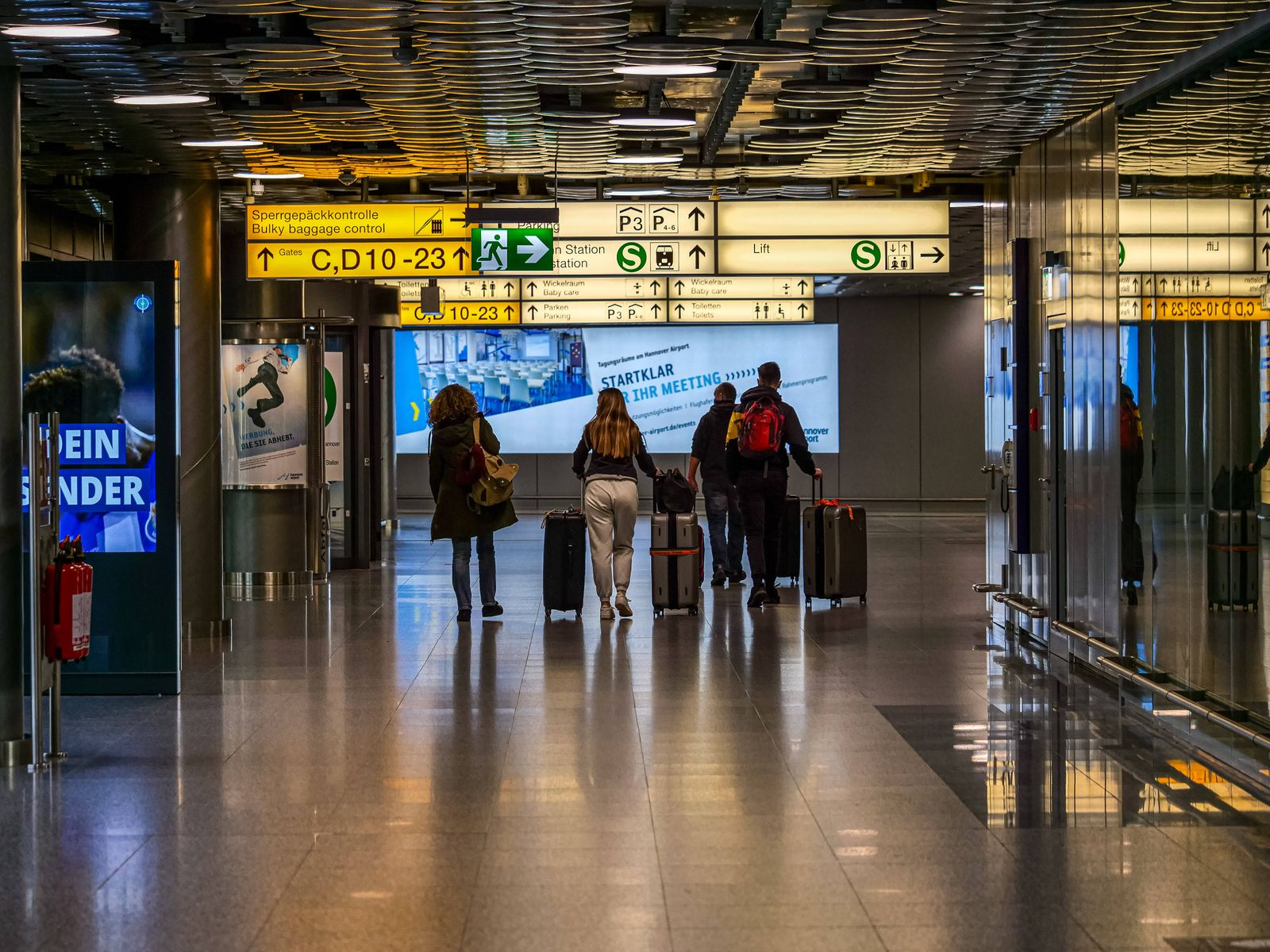 Flughafen Hannover am 21.12.2020 Der Flughafen Hannover ist heruntergefahren. Nur noch vereinzelt gehen Flüge. *** Hano
