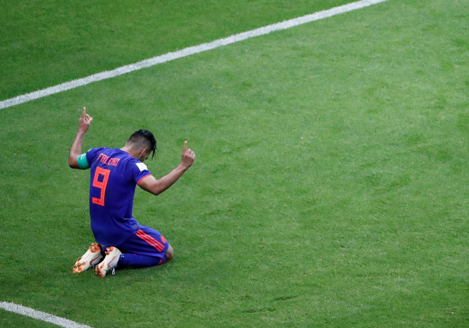 SOCCER-WORLDCUP-POL-COL/