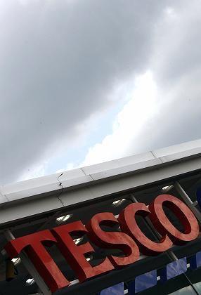 Tesco-Supermarkt: Schulungen für die Mitarbeiter