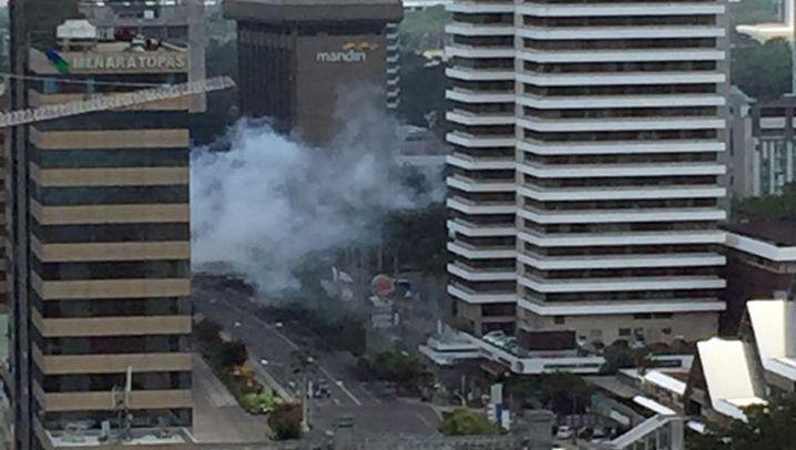 Anschläge in Jakarta: Terror im Einkaufszentrum