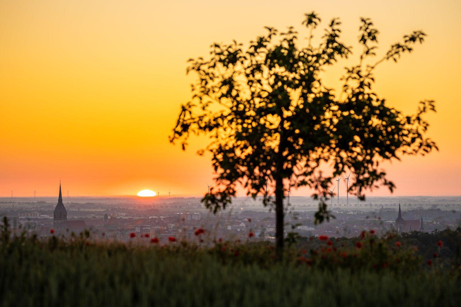 Sonnenaufgang über Hildesheim