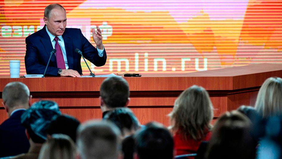 Putin während der Jahrespressekonferenz