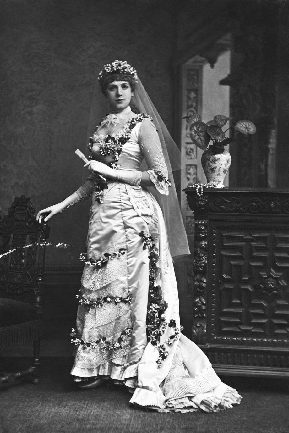 Mode Zeitreise Mit Brautkleidern Historische Hochzeitsmode Der Spiegel