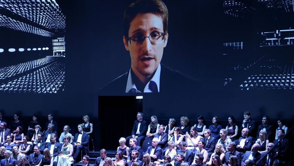 NSA whistleblower Edward Snowden appeared by video at the ceremony for Germany's most prestigious journalism award just over a week ago.
