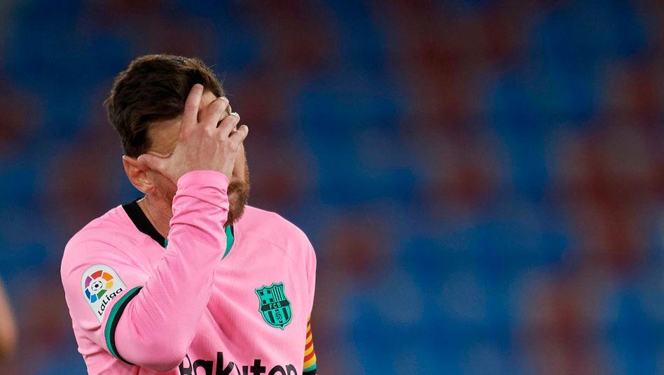 Lionel Messi kann es nicht fassen – sein Klub stolpert bei UD Levante