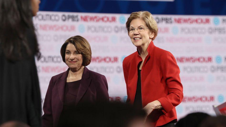 """Amy Klobuchar und Elizabeth Warren: """"Eine Ehre!"""""""