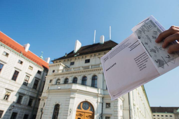 Defekter Umschlag für Bundespräsidentenwahl in Österreich