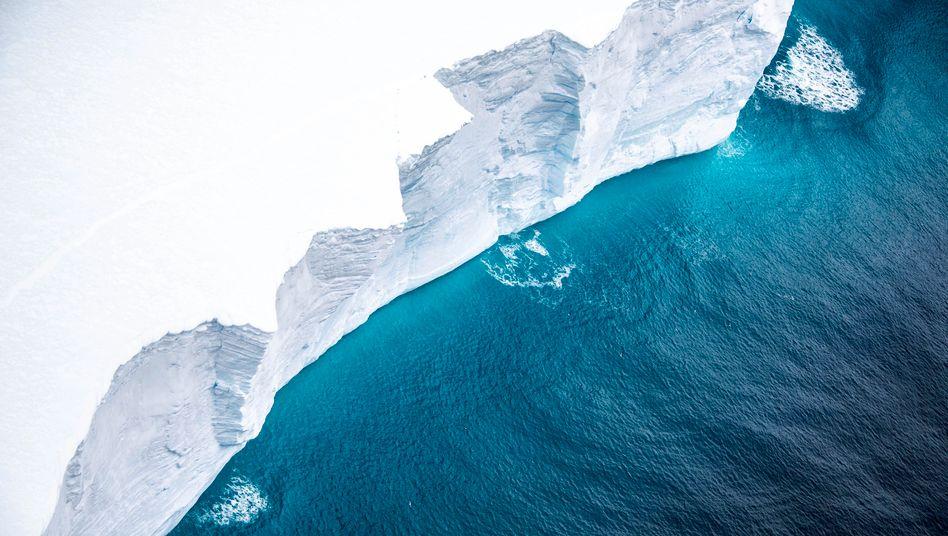 Eisgigant A-68A: ein 4200-Quadratkilometer-Eisberg