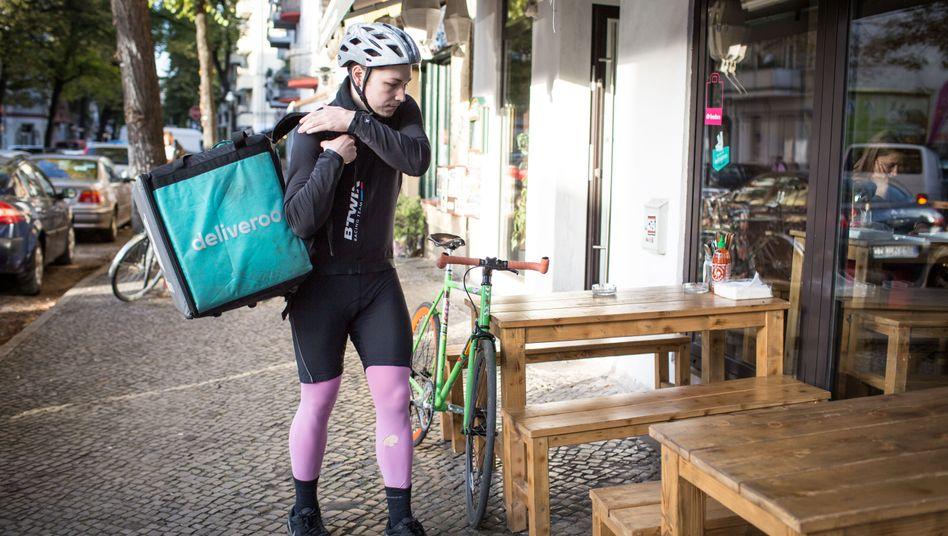 Fahrradkurier König: Pro Bestellung fünf Euro, plus Trinkgeld