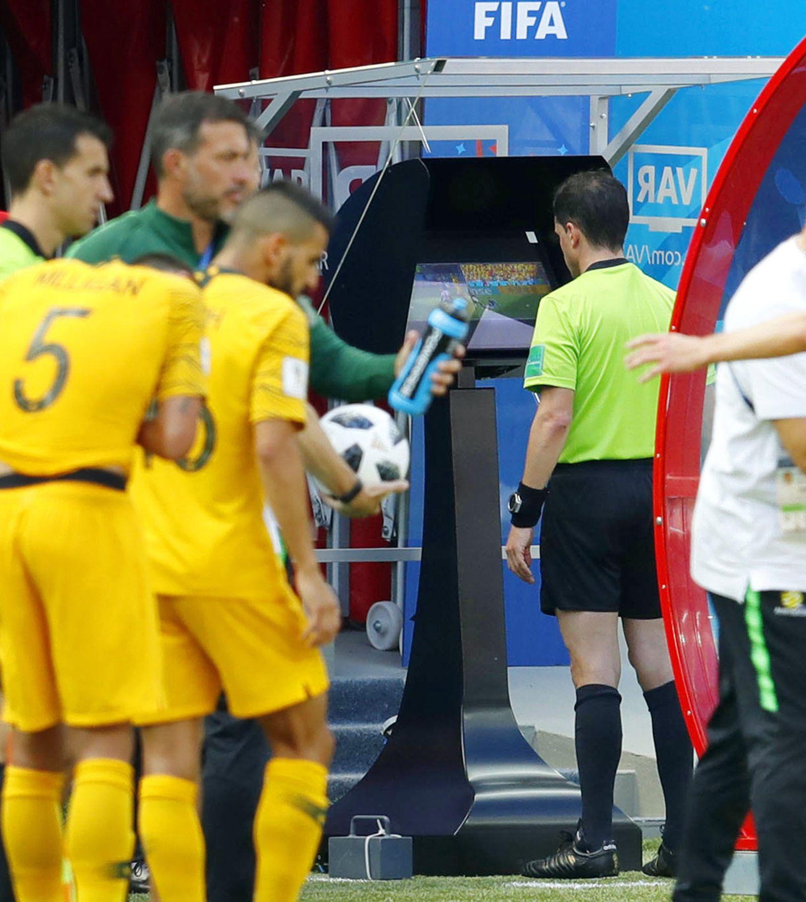 WM 2018/ Frankreich/ Australien/ VAR