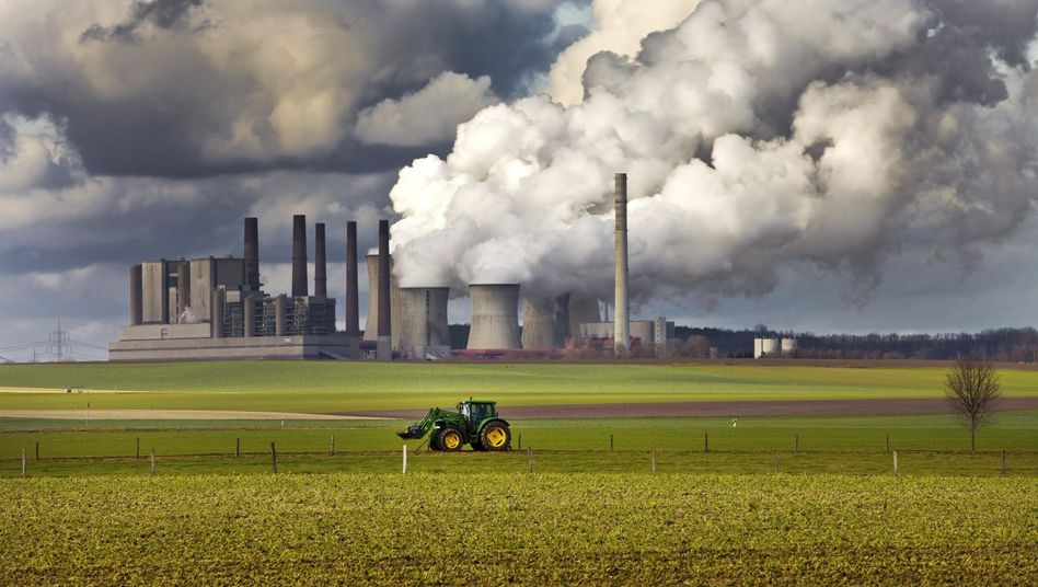 Braunkohlekraftwerk im rheinischen Grevenbroich: Koalitionsfrage Klimapolitik