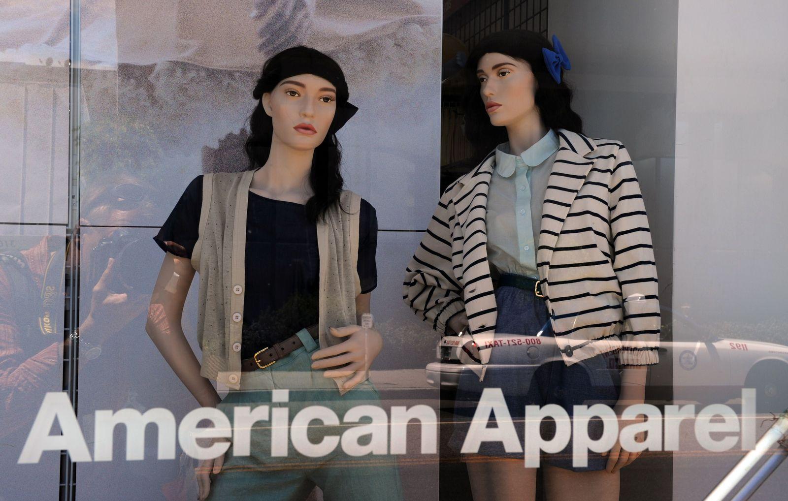 American Apparel / Schaufenster / Mode