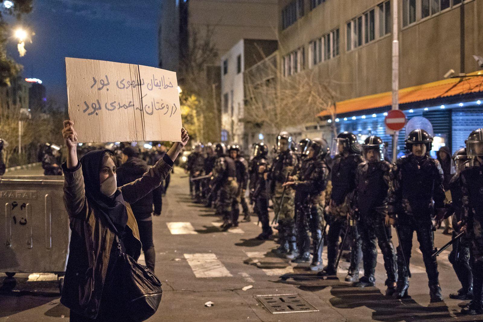 IRAN-POLITICS-PROTEST
