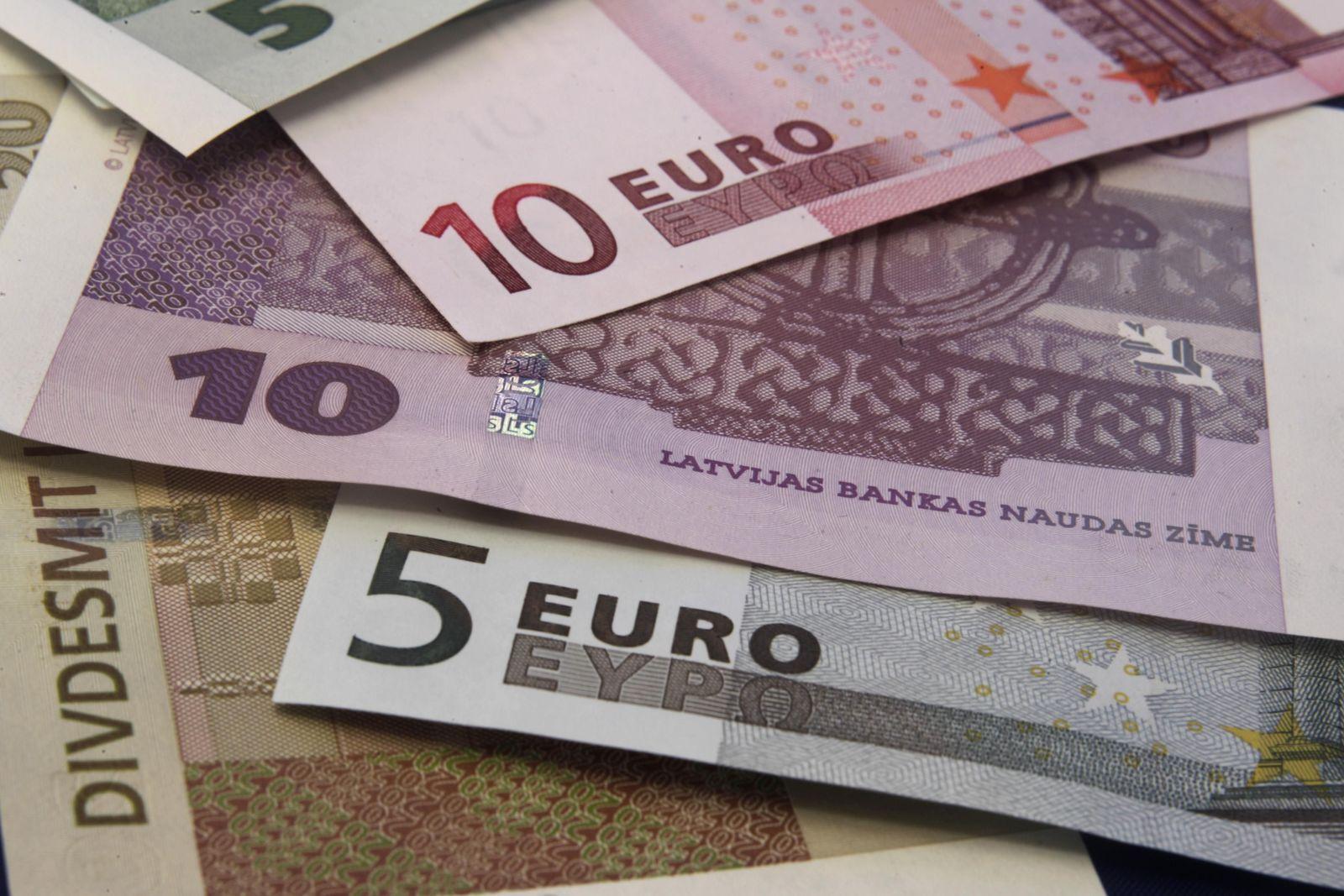 EUROZONE-lettland euro