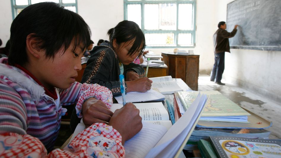 Symbolbild: Schüler in China