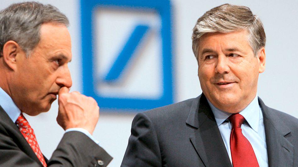Aufsichtsratschef Börsig (l.) und Bankchef Ackermann: Entlastung in Spitzelaffäre