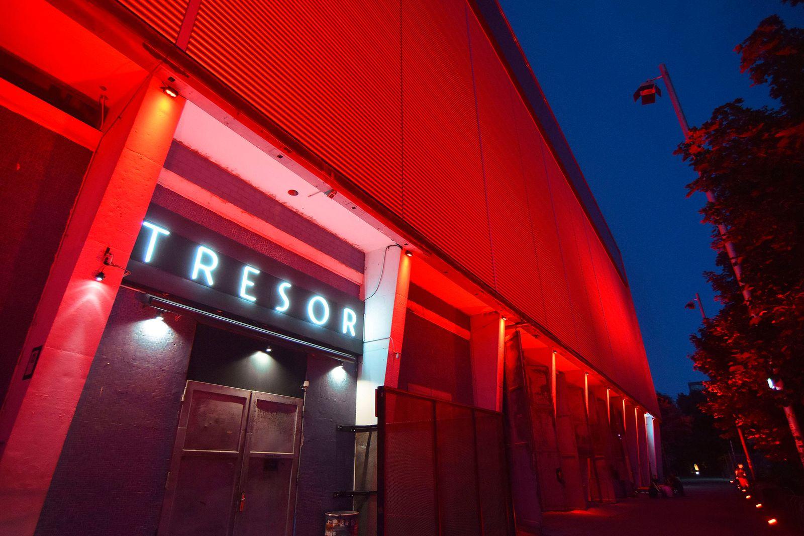 Am Abend des 22.06.2020 haben zahlreiche Kultur- und Veranstaltungsorte Berlins von 22 Uhr an fuer drei Stunden ihre Lo