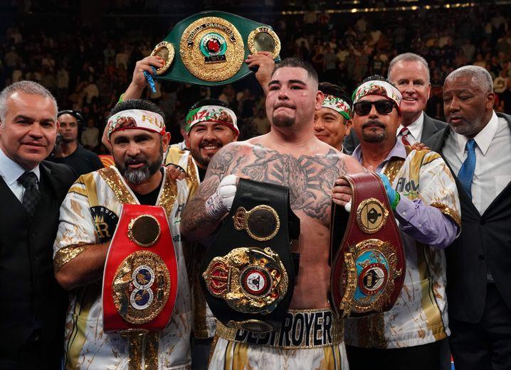 Andy Ruiz ist nun Titelträger der WBO, WBA, IBF und IBO