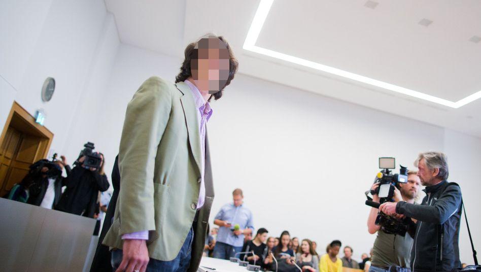 Lehrer vor Gericht: von allen Vorwürfen freigesprochen