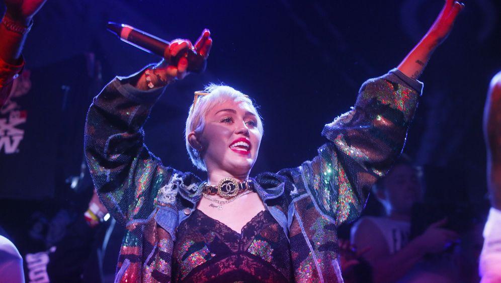 Miley Cyrus: Gute Gastgeberin?
