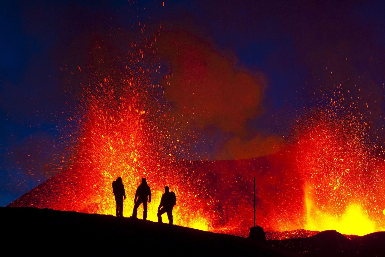 Vulkanausbruch unter dem Eyjafjalla-Gletscher - Weiter Eruptionen