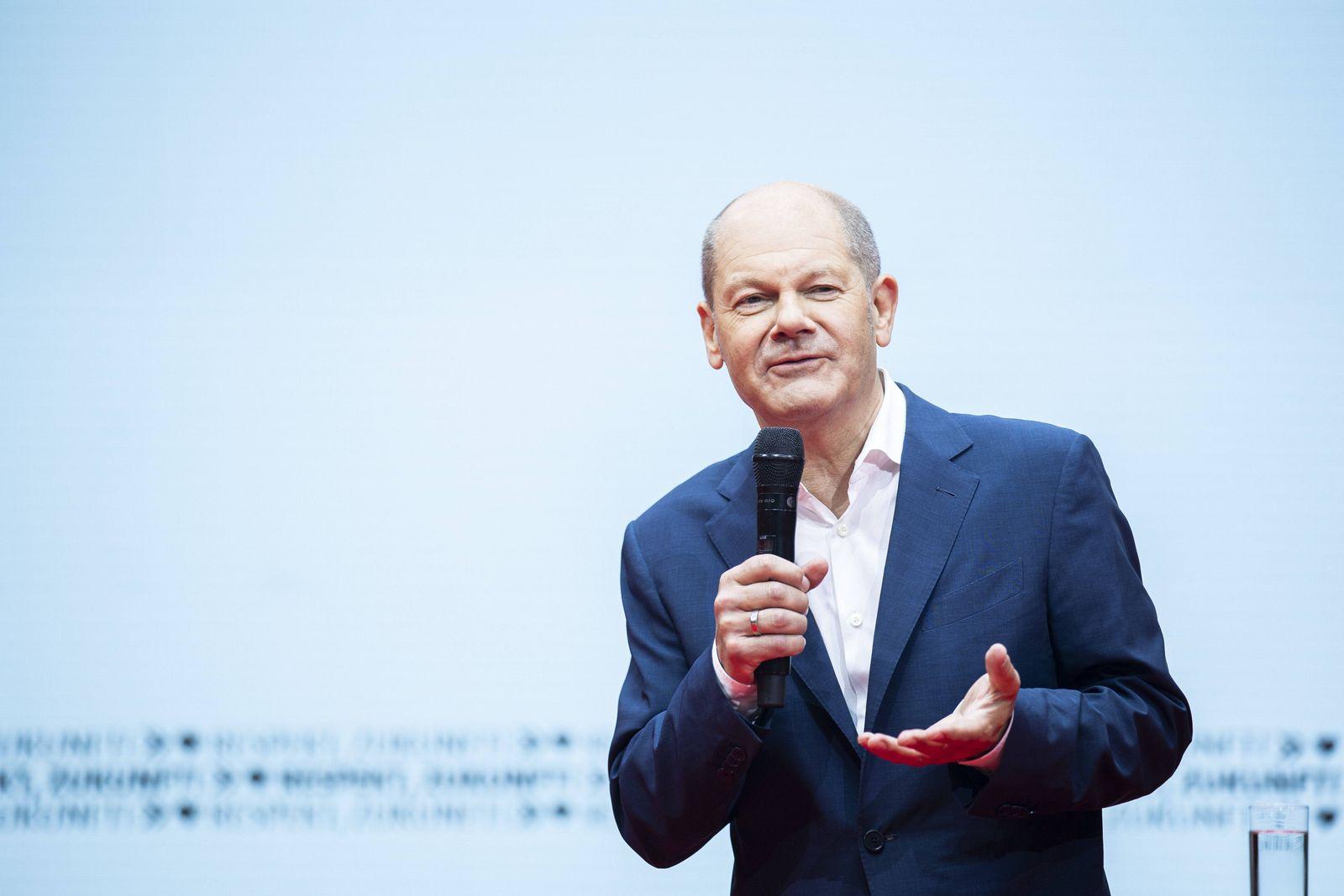 Olaf Scholz, Kanzlerkandidat der SPD, spricht beim SPD-Zukunftsforum in Berlin, 20.06.2021. Berlin Deutschland *** Olaf