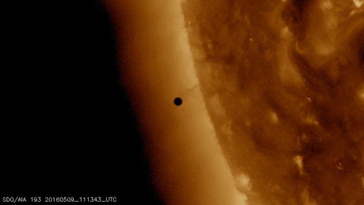 Punkt und Sonne: Merkurtransit